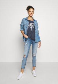 ONLY - ONLBLUSH MID DETROY - Jeans Skinny Fit - light blue denim - 1