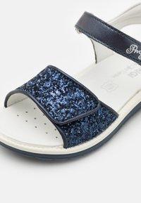 Primigi - Sandalen - blu - 5