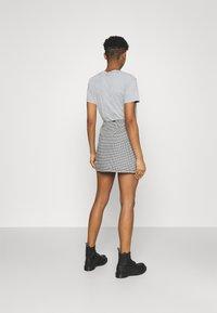 Obey Clothing - CREEPER SKIRT - Mini skirt - black/white - 2