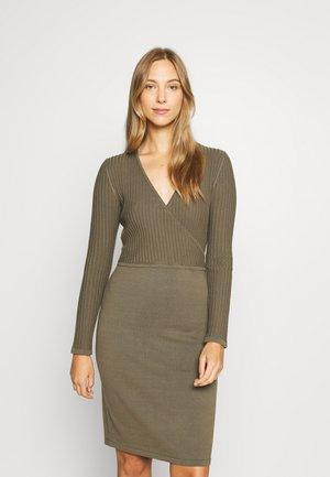 DRESSES FLAT - Jumper dress - dark khaki