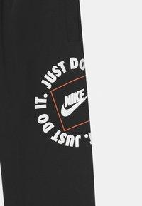 Nike Sportswear - UNISEX - Teplákové kalhoty - black - 2