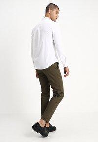 Burton Menswear London - OXFORD      - Košile - white - 2