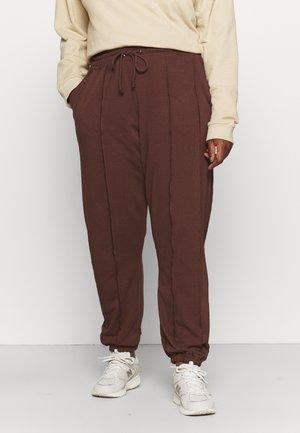JOGGERS - Teplákové kalhoty - chocolate