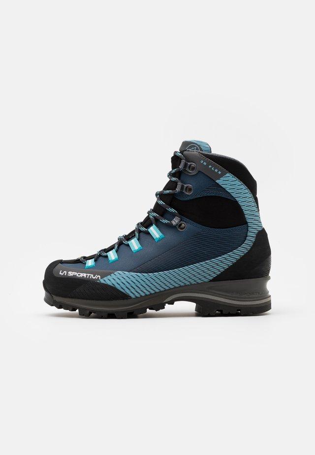 TRANGO TRK WOMAN GTX - Botas de montaña - opal/pacific blue