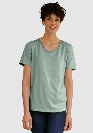 Basic T-shirt - salbeigrün