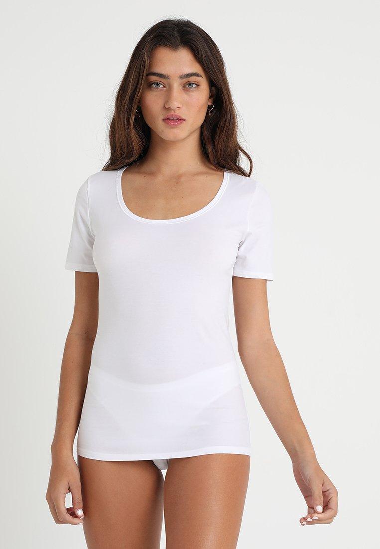 Hanro - SENSATION 1/2 ARM - Undershirt - white
