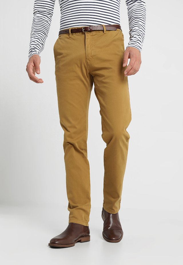 STUART - Chino kalhoty - walnut