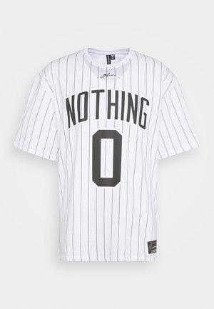 OVERSIZED NOTHING PINSTRIPE  - Print T-shirt - white