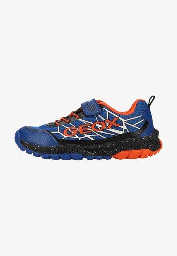 Sneaker low - royal orange
