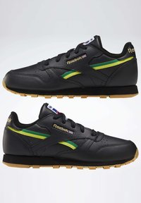 Reebok Classic - CLASSIC LEATHER SHOES - Sneakers laag - black - 5