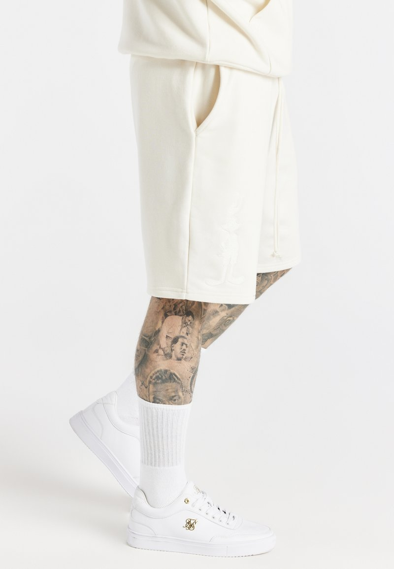 SIKSILK - SPACE JAM RELAXED FIT - Szorty - ecru