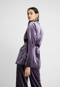 Missguided - LIGHT MAGIC TIE WAIST - Blazer - purple - 2