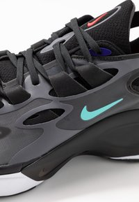 Nike Sportswear - SIGNAL D/MS/X - Sneakers laag - black/dark grey/off noir/rush violet/light aqua/red orbit - 5