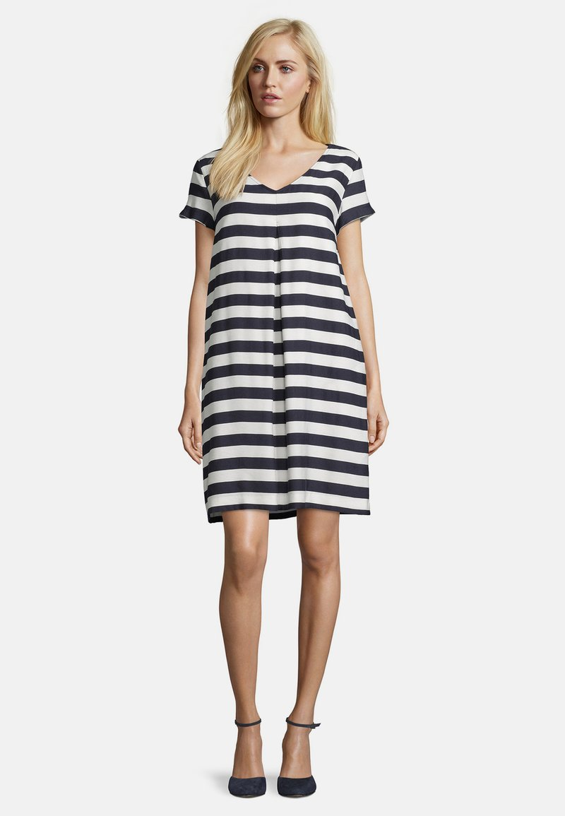 Betty Barclay - Day dress - dunkelblau/weiß