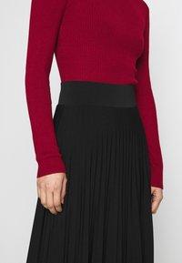 Anna Field - Plisse A-line midi skirt - Áčková sukně - black - 4
