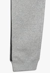 Champion - BRAND REVOLUTION PANTS - Spodnie treningowe - mottled grey - 2