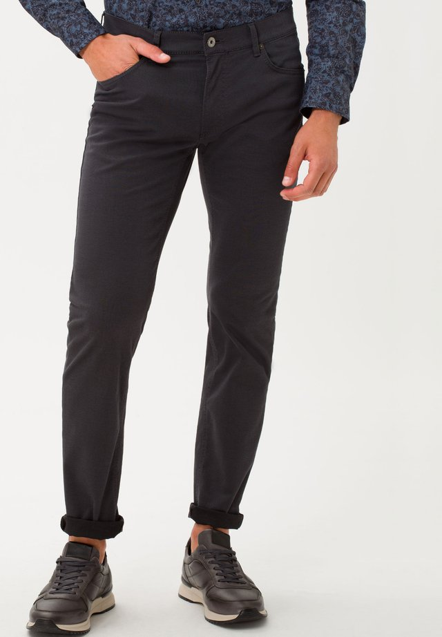 STYLE CHUCK - Slim fit jeans - asphalt