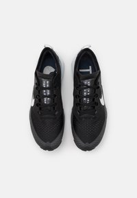 Nike Performance - AIR ZOOM TERRA KIGER 7 - Scarpe da trail running - black/pure platinum/anthracite - 3