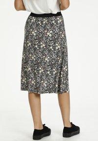 Kaffe - A-line skirt - black w.daisy flowers - 2