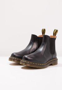 Dr. Martens - 2976 CHELSEA - Classic ankle boots - black - 2