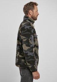 Brandit - Fleece jumper - darkcamo - 3