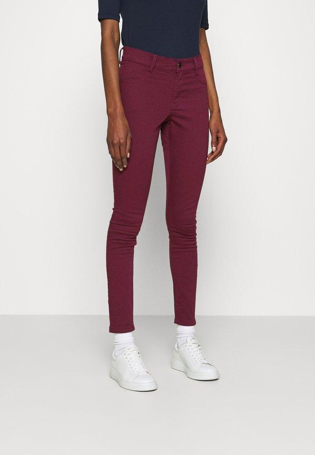 FRANKIE - Skinny džíny - purple