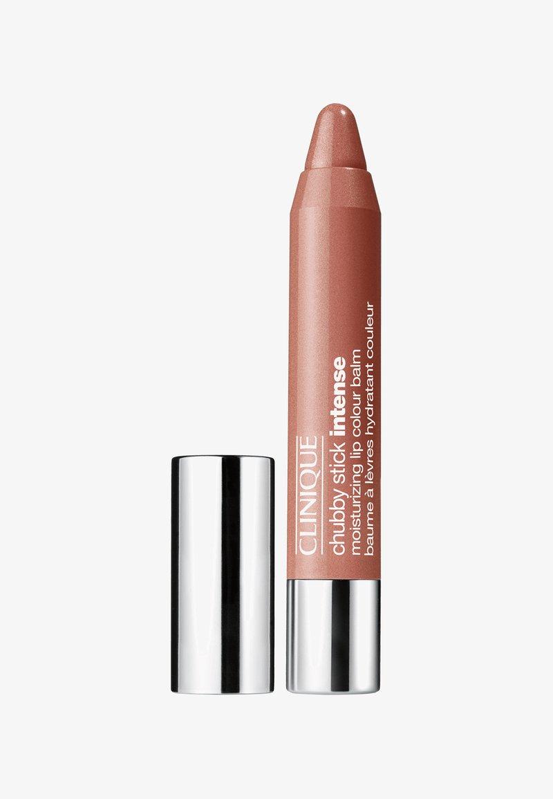 Clinique - CHUBBY STICK INTENSE - Lip balm - 13 boldest bronze