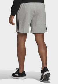 adidas Performance - AEROREADY ESSENTIALS 3-STRIPES SHORTS - Korte sportsbukser - grey - 1