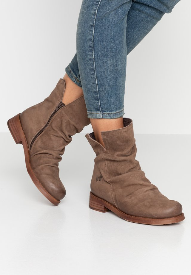SERPA - Classic ankle boots - pacific ash