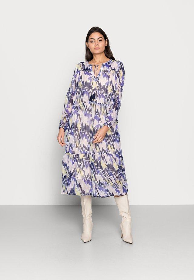 EXCLUSIVE HARLEYSZ DRESS - Day dress - barely ika