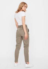 Vero Moda - VMEVA  - Pantalones - bungee cord - 2