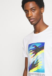 Solid - Print T-shirt - white - 3