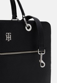 Tommy Hilfiger - ESSENCE COMPUTER BAG - Laptoptas - black - 3