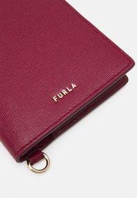 Furla - ARMONIA PASSPORT HOLDER - Obal na cestovní pas - ciliegia - 3