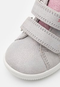 Superfit - STARLIGHT - Dětské boty - hellgrau/rosa - 5