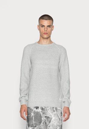 JCOPOWER CREW NECK - Stickad tröja - light grey melange