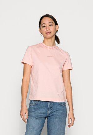 LOGO INTARSIE TEE - Jednoduché triko - blossom