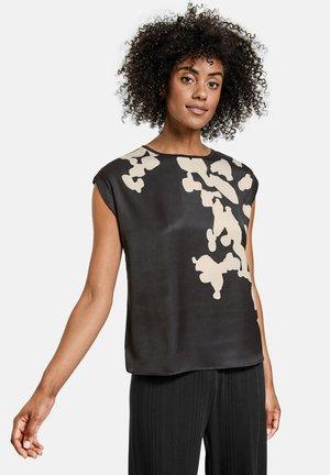 T-shirt z nadrukiem - black gemustert