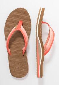 Reef - VOYAGE LITE BEACH - Sandály s odděleným palcem - orange - 3