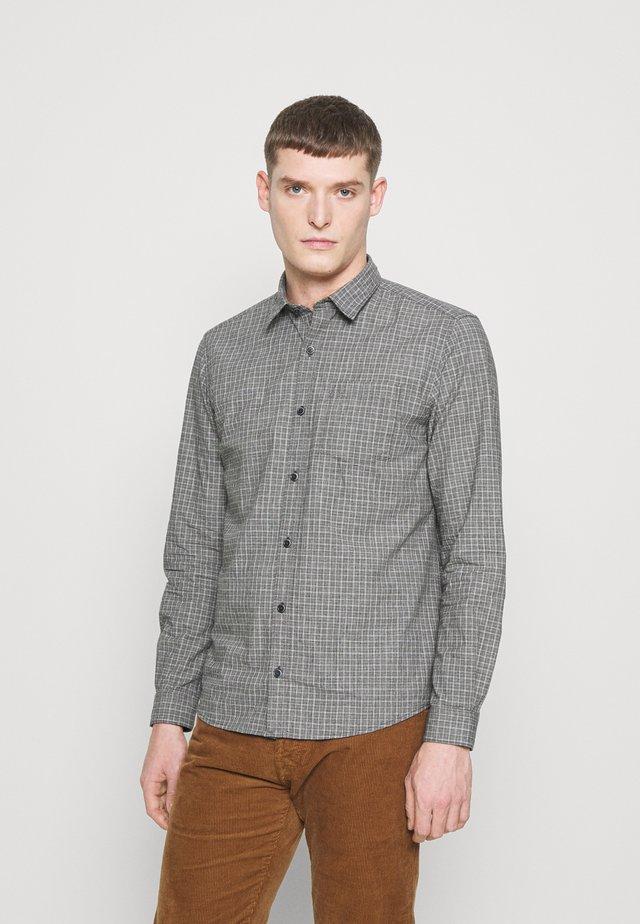 LANGARM - Overhemd - black