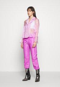 HOSBJERG - JASMINE - Skjortebluser - light pink - 1