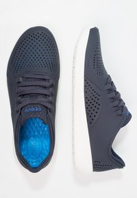 Crocs - LITERIDE PACER  - Trainers - navy/white - 1