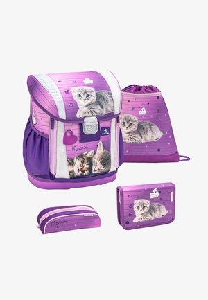 SET 4 PIECES - School set - purple/white