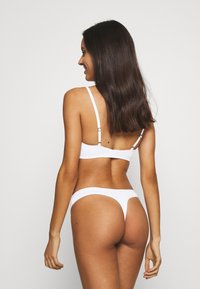 Lindex - CARIN THONG 3 PACK - String - white - 2