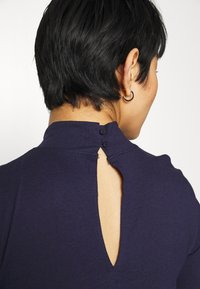 Zign - Short sleeves flared basic midi dress - Jersey dress - dark blue - 5