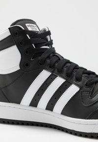 adidas Originals - TOP TEN - High-top trainers - core black/footwear white/core white - 6