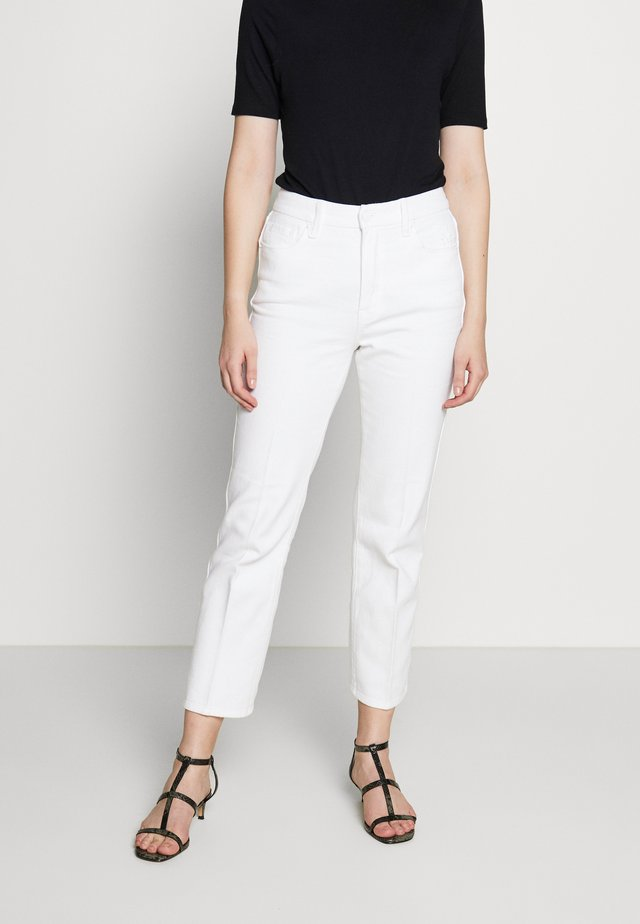 GOOD CURVE  - Straight leg jeans - white