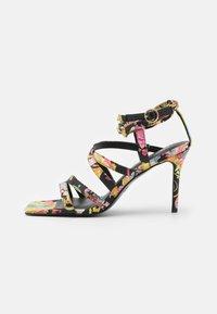 Versace Jeans Couture - Sandály - multicolor - 1