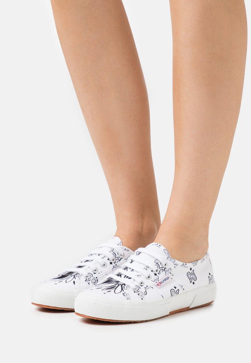 Superga - 2750 - Sneakersy niskie - white/black