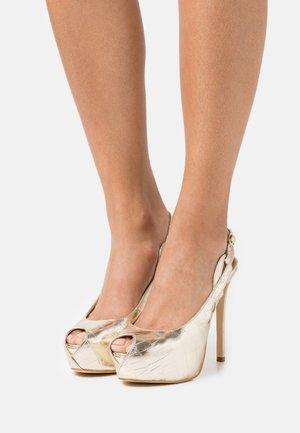 GINNIA - Platform heels - plaino